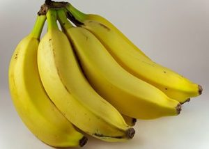 Banana-home-remedies-for-wrinkles-on-face