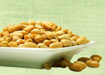 Nuts-energy-boosting-foods