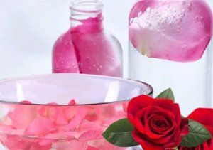 how to make rose water for skin