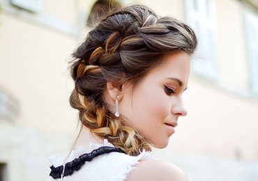 15 Easy Hairstyles For Long Hair!