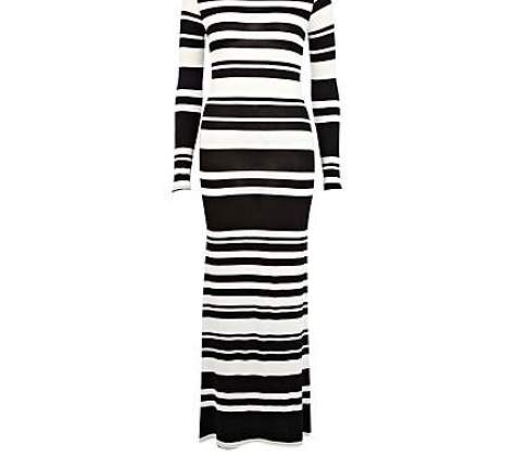 Fashion, Style, Fashion Photography, Fashion Trends, River Island striped dress, Stripes, Summer Dress, River Island