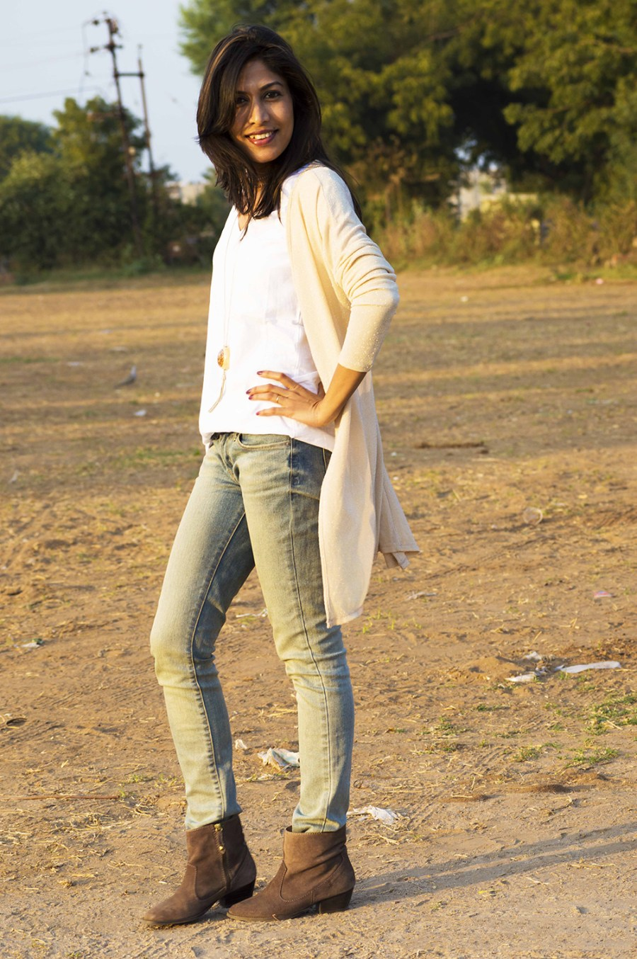 Fashion, Style, Indian Fashion Blogger, Street style, beige shrug, shimmer style, summer fashion, white tee-8