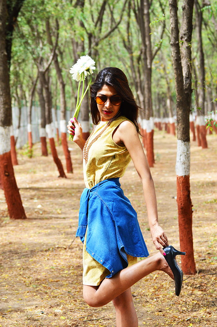 Fashion, Style, Fashion Photography, Street Fashion, Fashion Blogger, Casual wear, Indian Fashion Blogger, Yellow corduroy dress, summer dress, summerfashion,