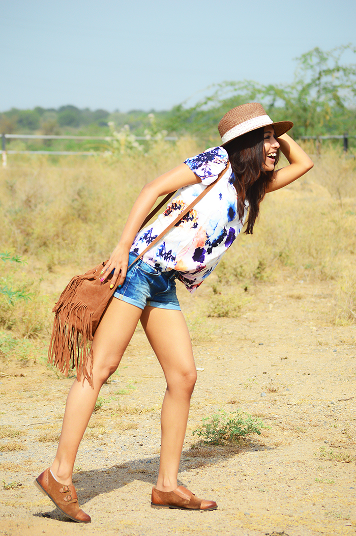 Fashion, Style, Street Fashion, Fashion Photography, Summer Fashion, Bohemian Style, Festive Style, Mango shorts, Straw Hat, Style Over Coffee, Boohoo Bag, Indian Fashion Blogger, Fashion Blogger, Outfit of the day, OOTD