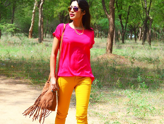 Fashion, Style, Fashion Photography, Street Fashion, Fashion Blogger, Casual wear, Indian Fashion Blogger, Summer Colors, Mango Jeans, Jabong Top, Street Style, Summer Fashion, Pink Top, Forever 21 Necklace, Miss Benett London Shoes, Pink Pumps, Boohoo Fringe Bag