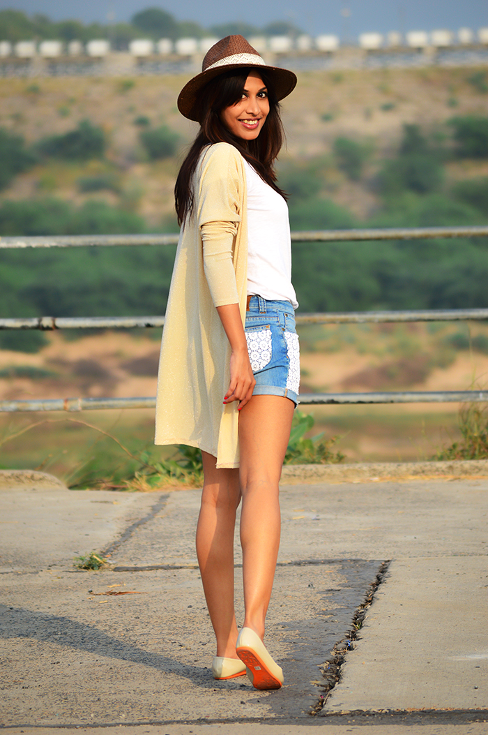 Fashion, Style, Fashion Photography, Indian Fashion Blog, Street Style, Fashion Blogger, Casual Wear, Denim Shorts, Lace garments, Beige Shrug, White Tee style, Personal Style Post, Casual Street style