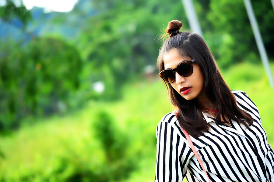 Fashion, Style, Indian Fashion Blogger, Fashion Blogger, Street Style, Summer Fashion, Stripes, Striped Shirt, Black High Wasit Jeans, Black Boots, Hairstyle, Style Over Coffee, Beauty, Sarmistha Goswami, Pankaj Jyoti Barua-6