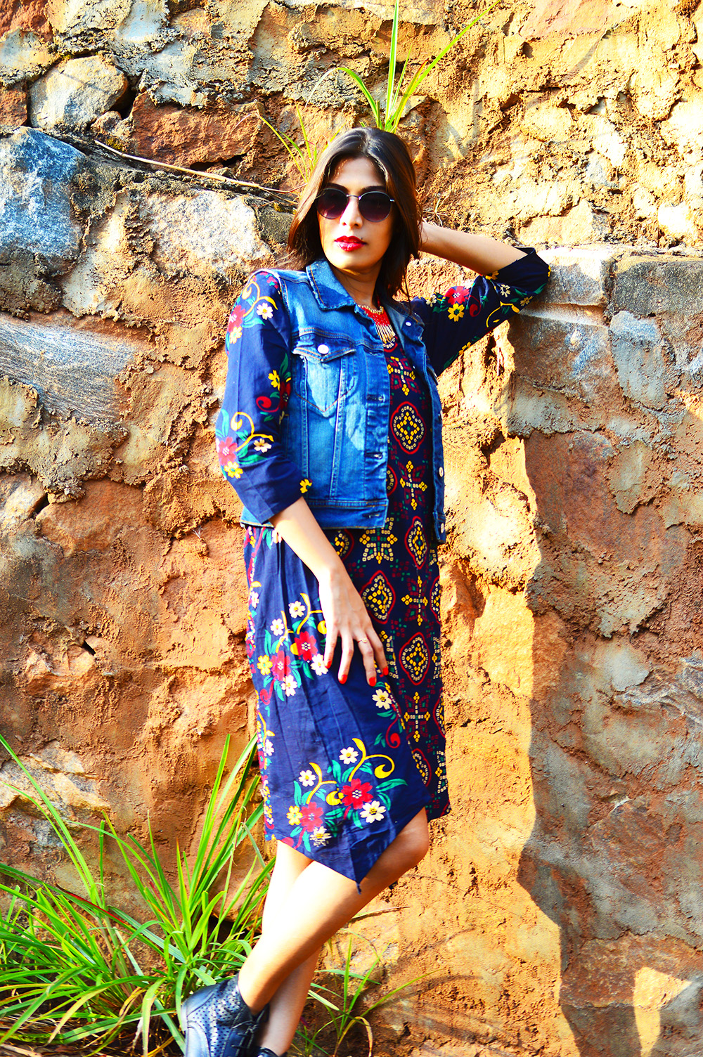Fashion Style, Indian Fashion Blogger, Fashion Blog, Indo-western Street Style, Fashion Photography, Denim Vest, Retro Sunglasses, Indo Western Fashion, Outfit of the day, Sarmistha Goswami, Style Over Coffee-3