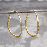 otisjaxon-gold-hoop-earrings