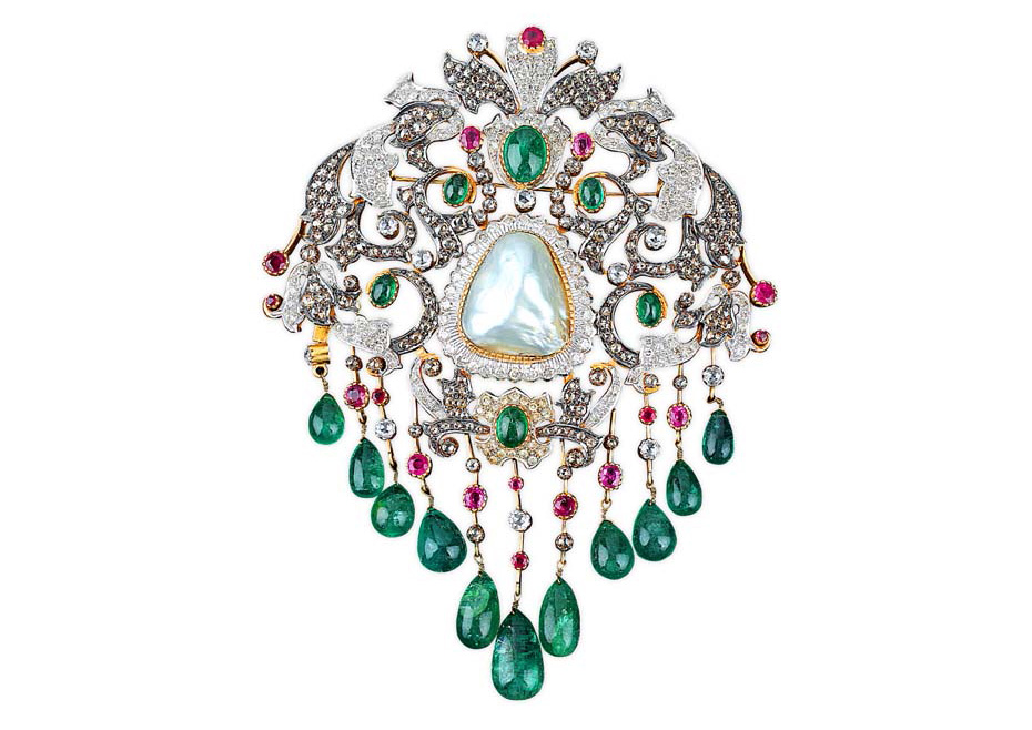 Vintage Brooch With Diamond, Emerald, Ruby And Baroque Pearl. PC-Golecha's