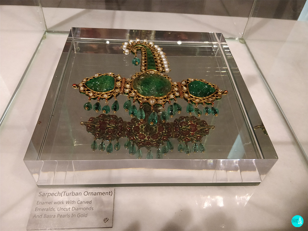 Carved Emerald With Polki(Uncut Diamonds), Basra Pearls In Gold Sarpech (Turban Ornament) By Gyan Museum