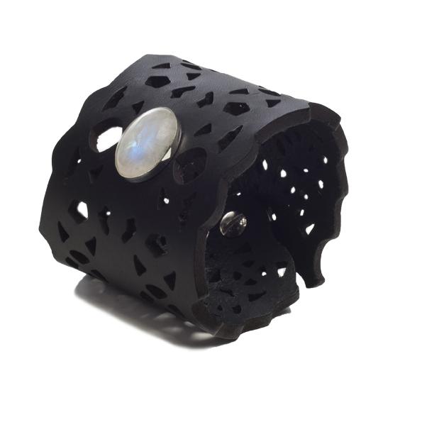 Riina O Petra black Moonstone bracelet