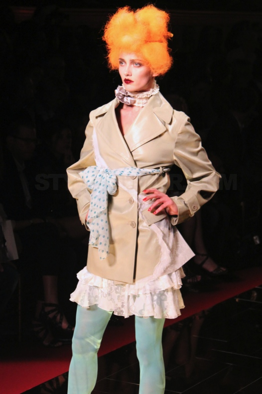 john-galliano-spring-summer-2011-collection-7