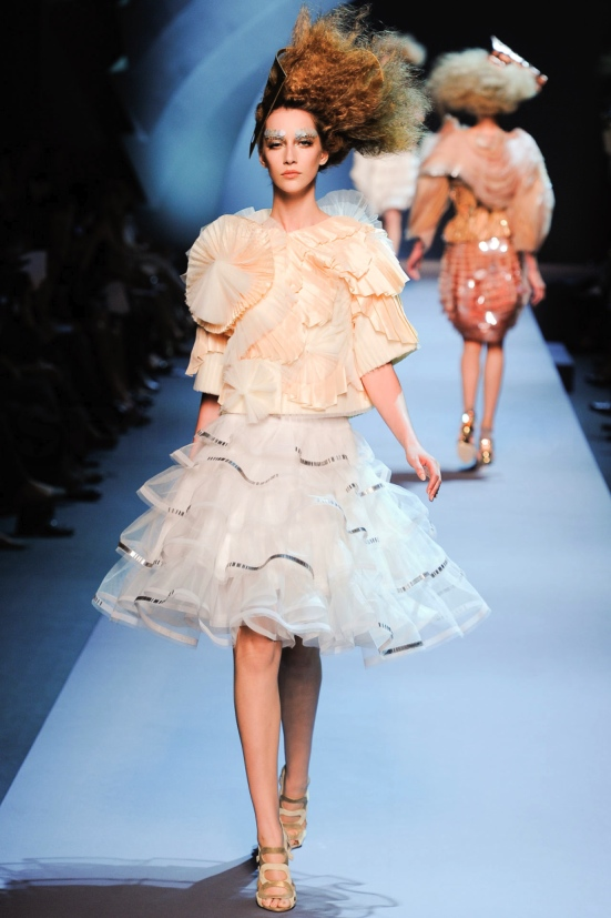 Dior Haute Couture Fall Winter 2011 Collection 14