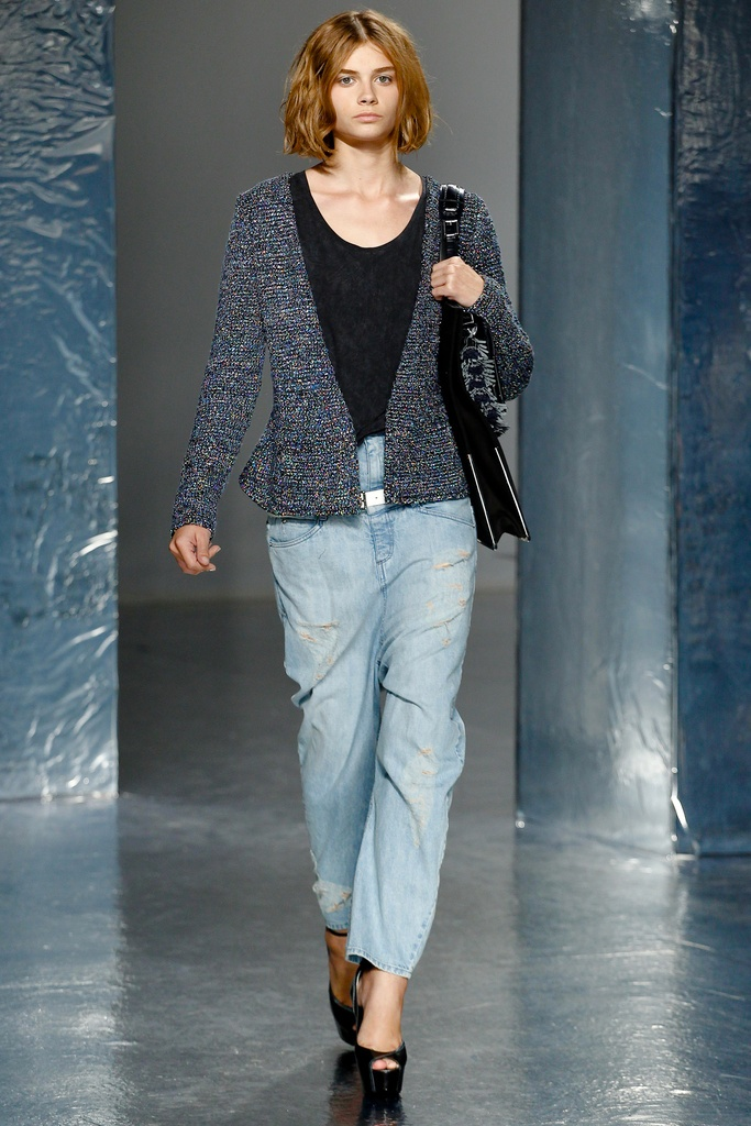 Theyskens' Theory Spring Summer 2012 Collection 21