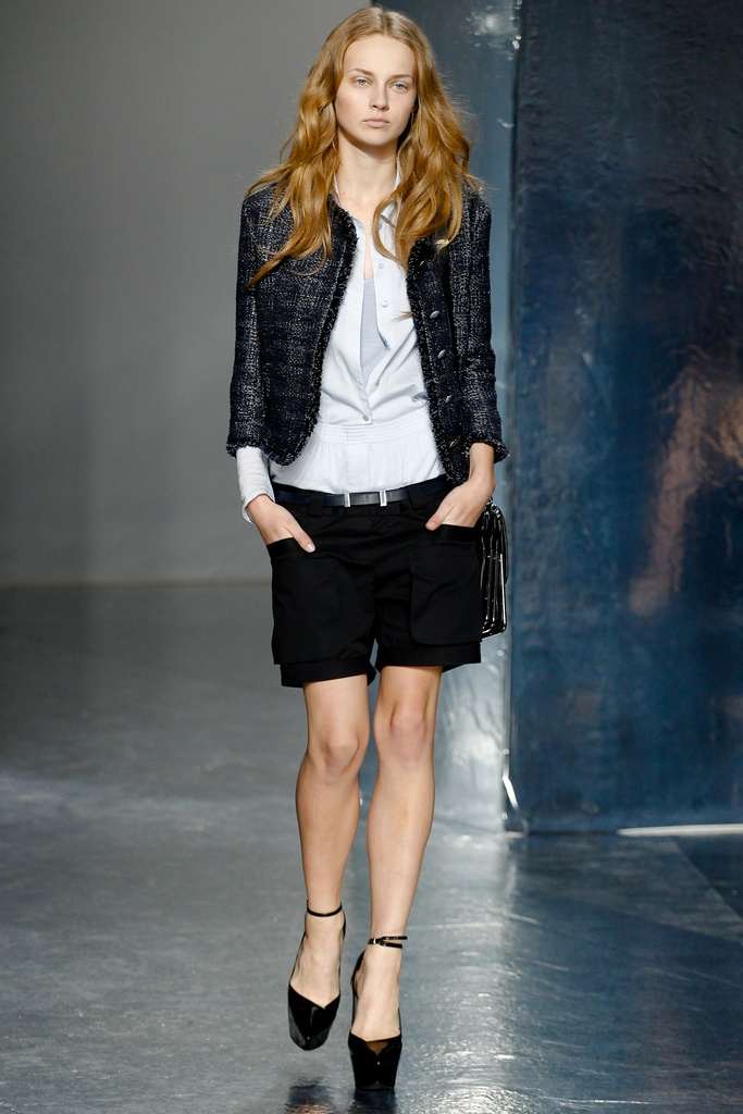 Theyskens' Theory Spring Summer 2012 Collection 28