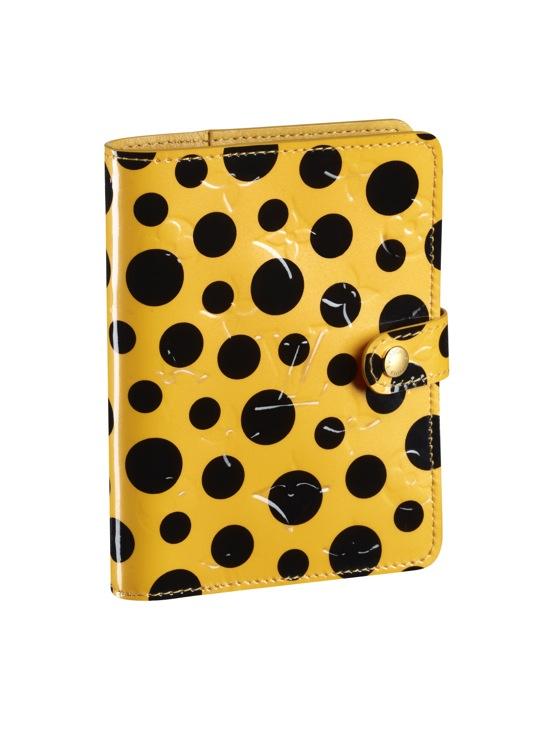 Yayoi Kusama Louis Vuitton Small Cover Agenda Monogram Vernis Dots Infinity yellow