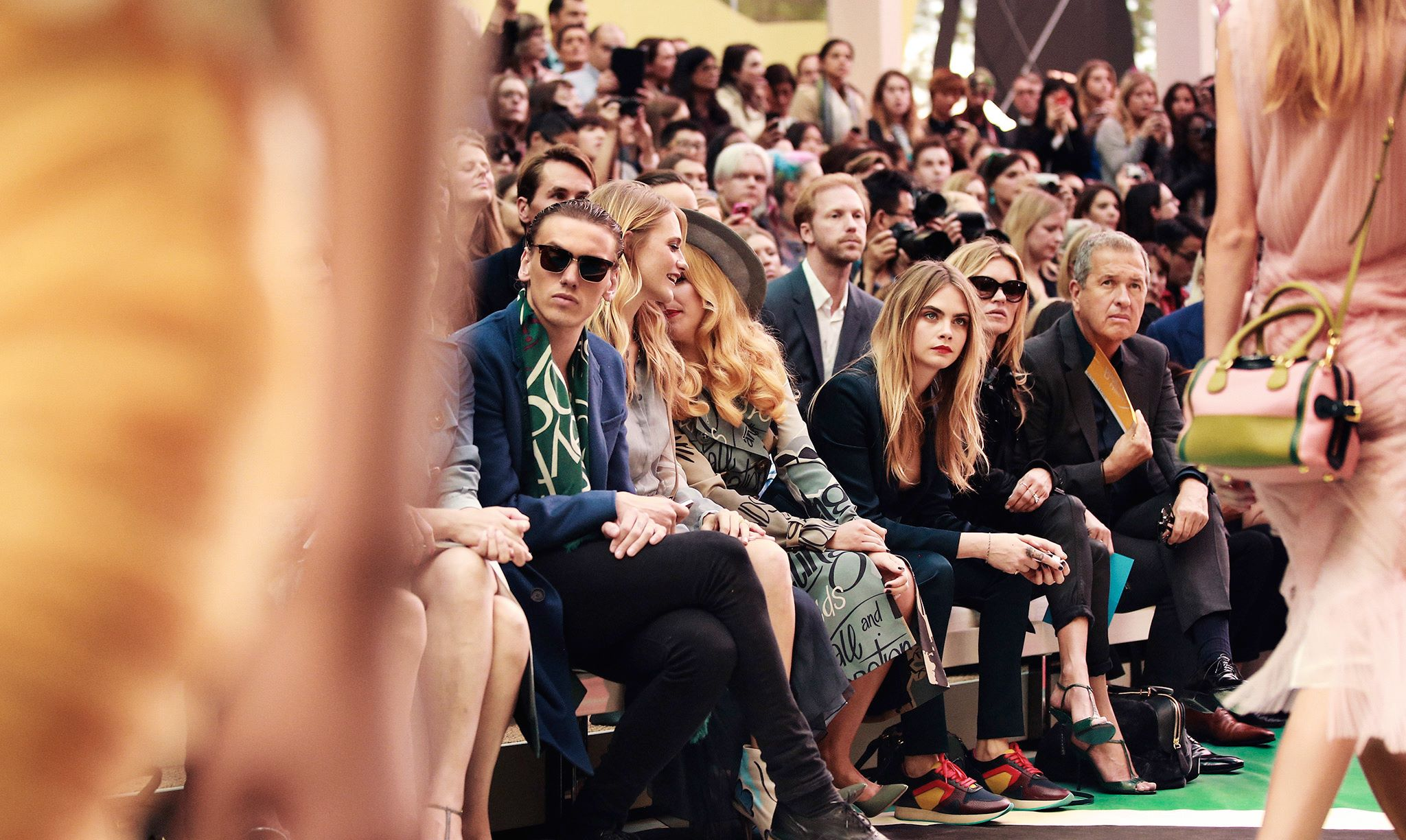 Backstage at the Burberry Prorsum Spring 2015 Show 27
