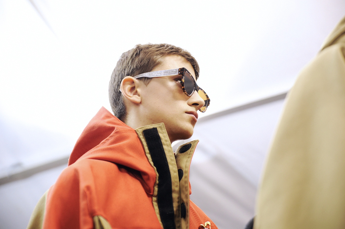 Backstage at the Louis Vuitton Menswear Fall Winter 2015 Show 39