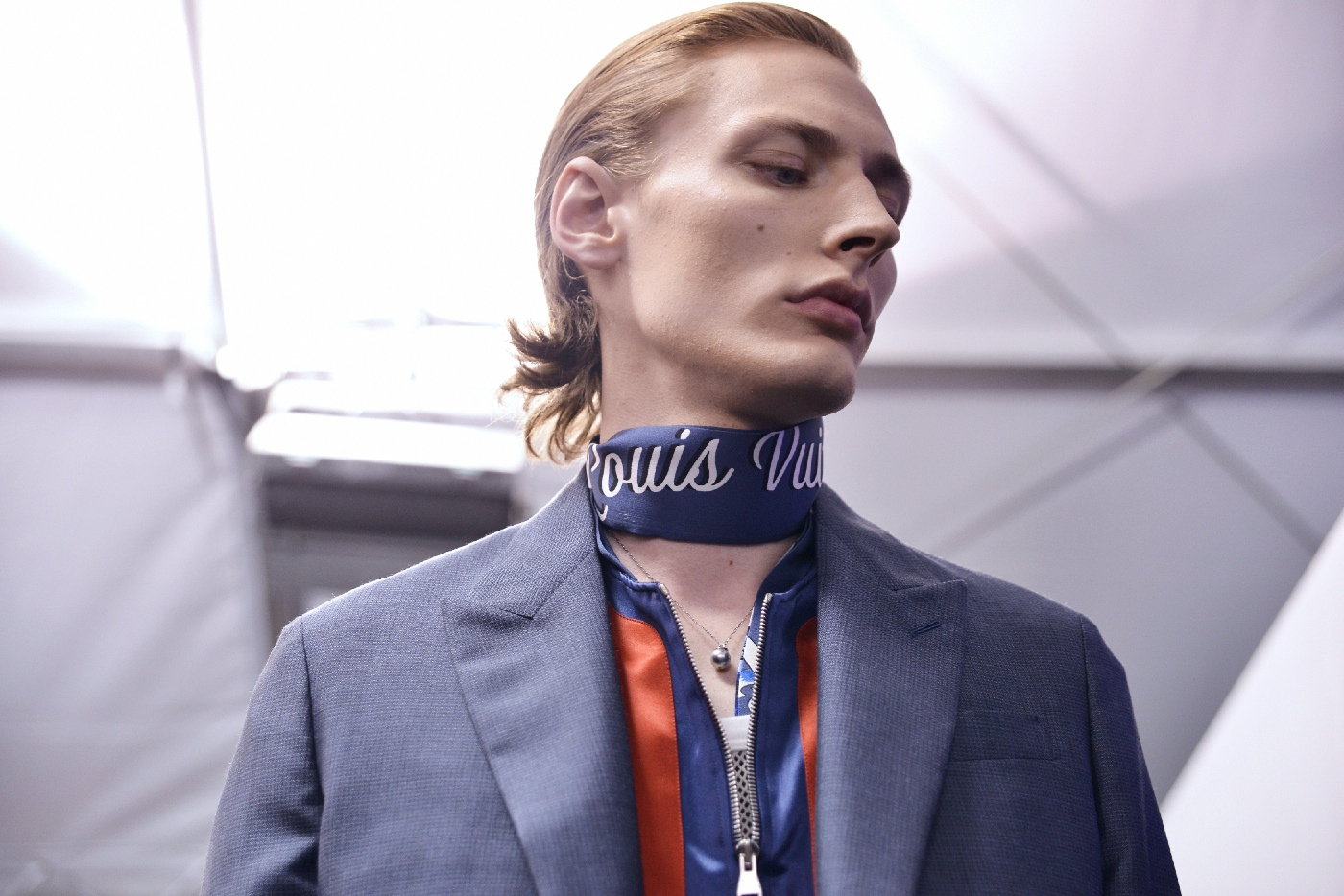 Backstage at the Louis Vuitton Menswear Spring Summer 2016 Show 30