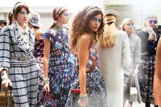 Backstage at the Chanel Spring Summer 2016 Show 4