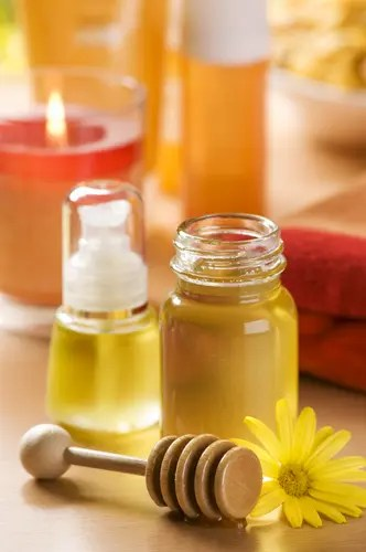 Honey With Mild Shampoo And Olive Oil