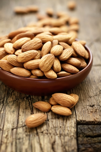 foods that burn fat - Almond