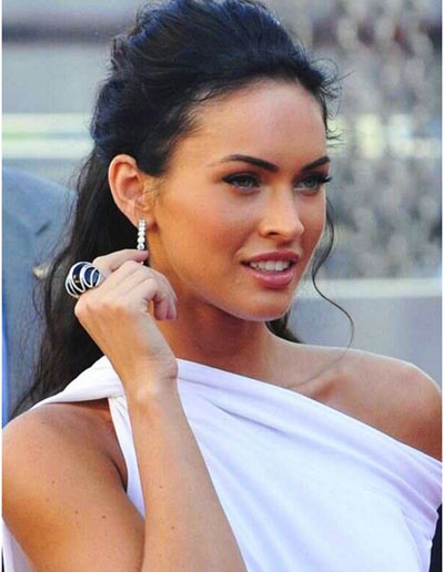 9 Best Megan Fox Hairstyles With Pictures Styles At Life