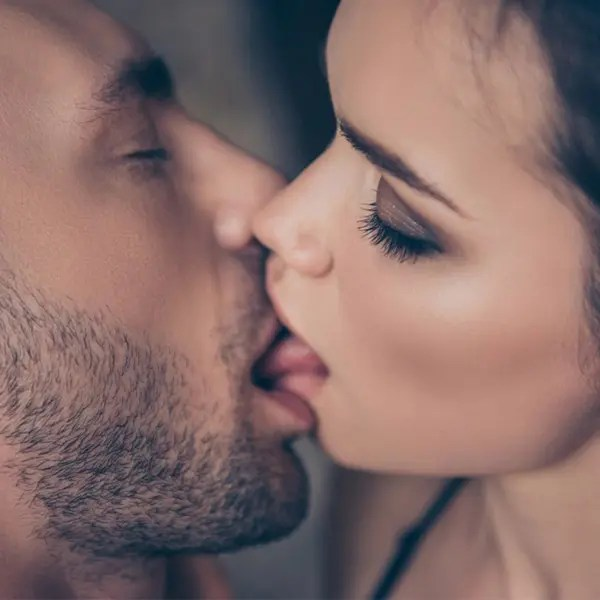 different kissing styles photos