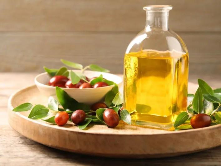 Jojoba Oil for Open Pores