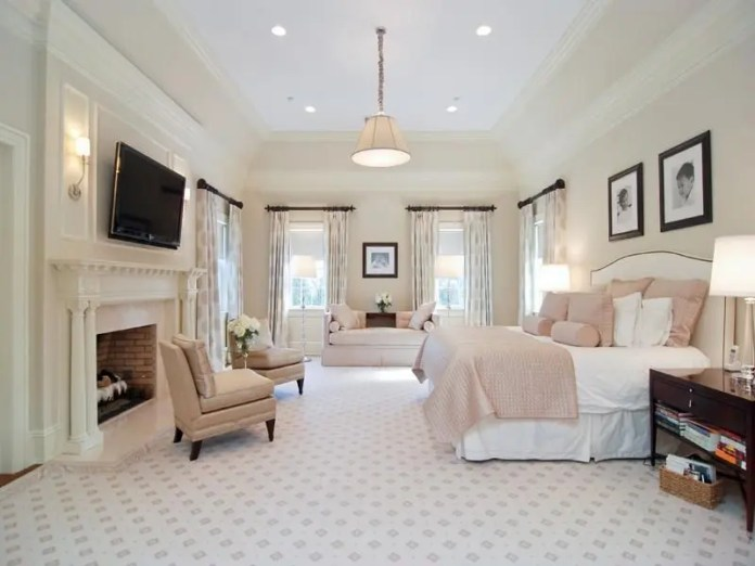 25 Latest Master Bedroom Designs With Pictures In 2021