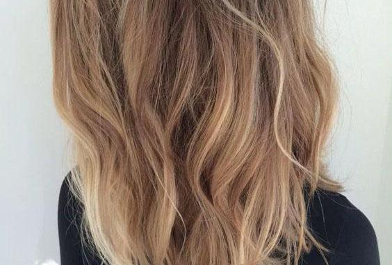 Lovely Long Blunt Brown Wavy Hairstyles with Balayage Highlights ...
