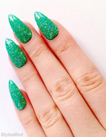Elegant Mint Green Acrylic Nail Designs & Images