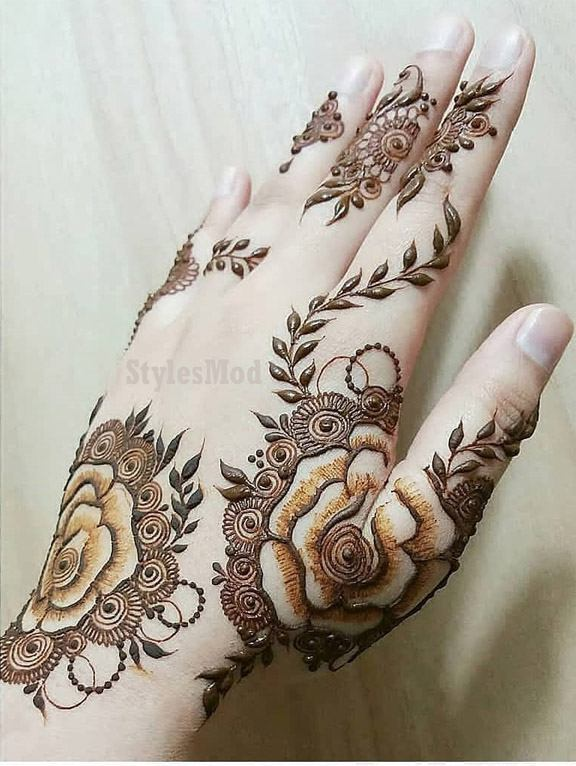Delightful Mehndi Styles & Images To Rock In 2019