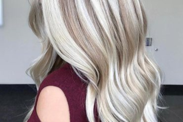 Soft Bright Blonde Balayage Hairstyles Ideas for 2019