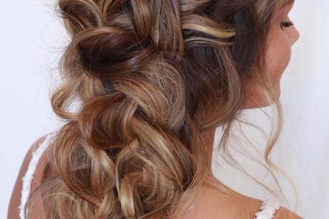 Brunette bridal hairstyles for long hair in 2019