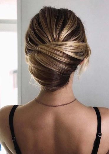 Effortless Bun Styles for Every Woman in 2019