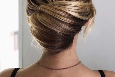 Effortless Bun Styles for Every Woman in 2019