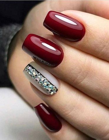 Hottest Red Nails Art Styles for Your Finger
