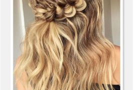 Delightful Half Up Hairstyles & Hair Goals for 2019