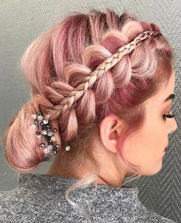Awesome Bridal Hairstyles that You'll Love In 2019