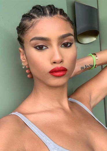 Favorite Ideas Of Makeup and Hairstyles for 2019
