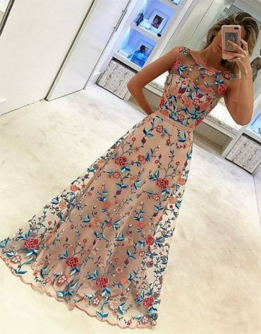Best & Fancy Dresses Style for Girls In 2019