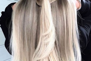 Amazing Knotted Blonde Hair Styles for Long Hair in 2020