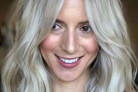 Face Framing Medium to Long Blonde Haircuts for 2020