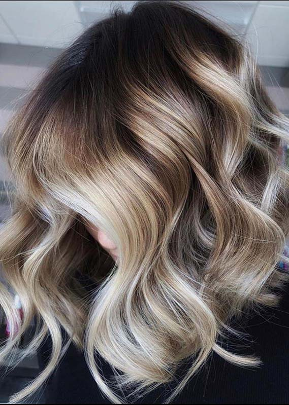 Fantastic Blonde Balayage Hair Colors to Follow in 2020