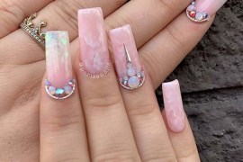 Amazing Nail Arts for Ladies to Show Off in Year 2020