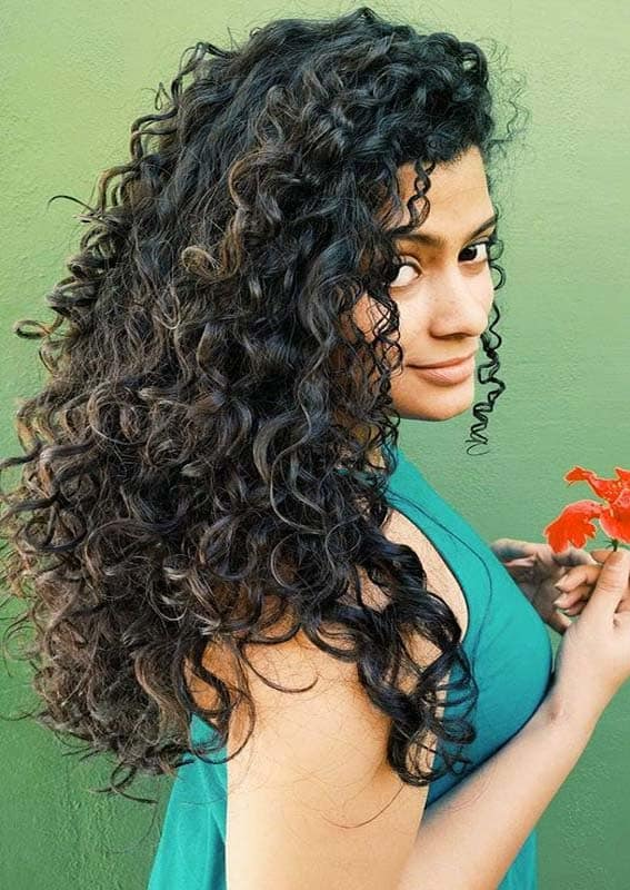 Modern Curly Hairstyles for Long Hair to Show Off in 2020