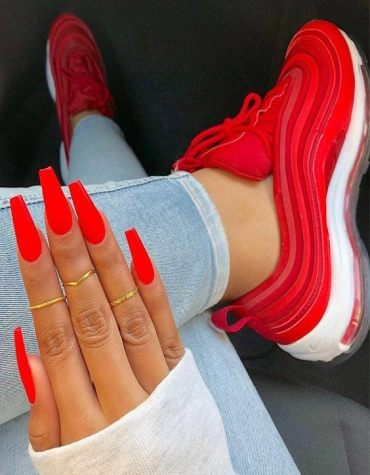 Simple & Modern Red Nails Trend to Copy Now