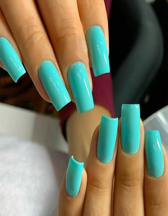 Gorgeous & Trendy Nail Art Ideas for Young Ladies